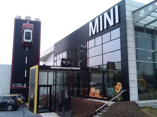 Megadenzel Mini